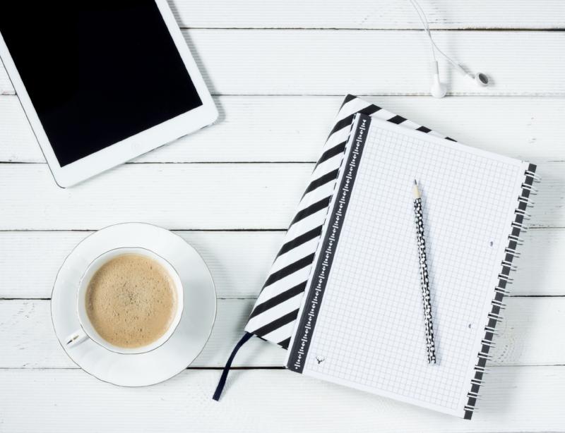 tablet-notes-coffee-work-desk-163146.jpeg