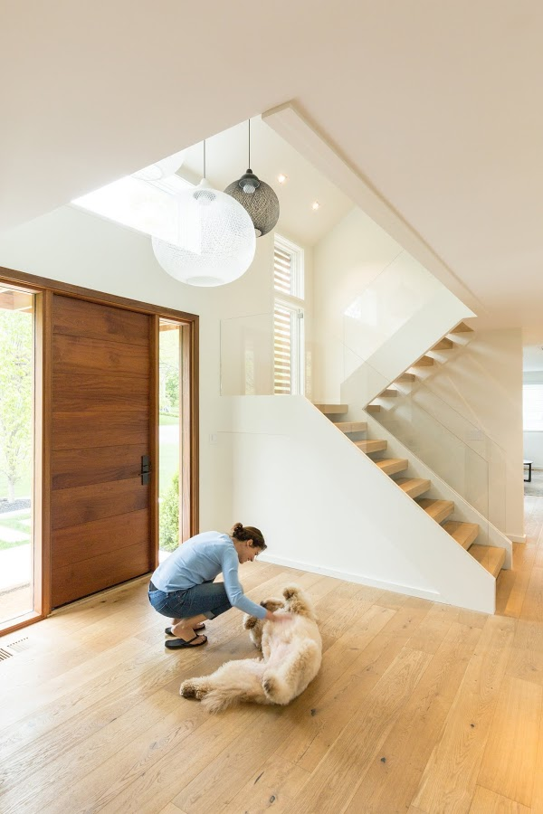 Modern open tread staircase