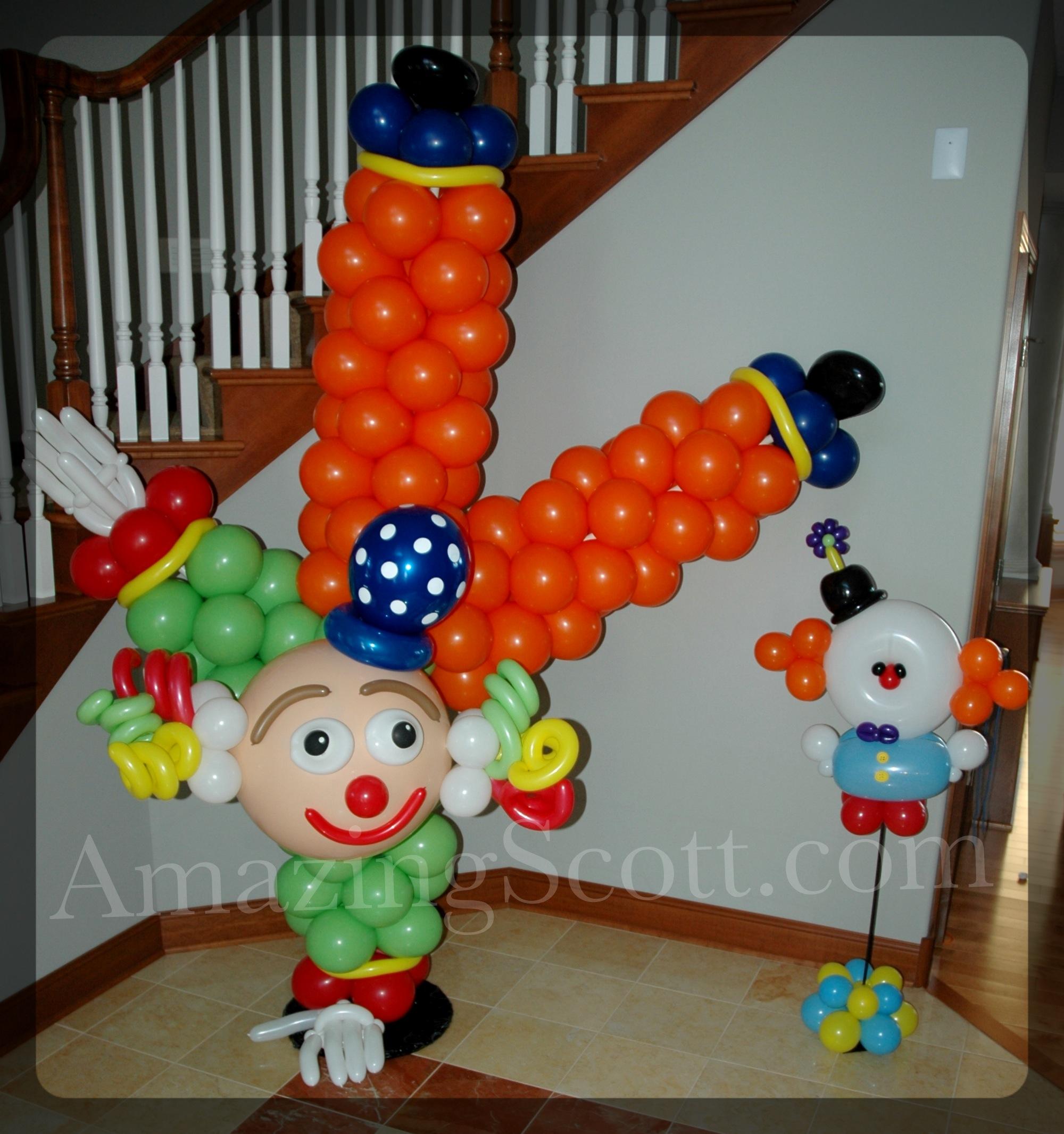 Large clown 2.jpg