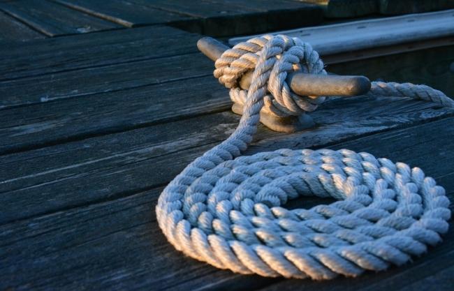 boat-boating-close-up-275637.jpg