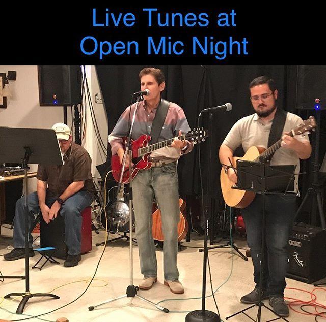 Open Mic Night! #livemusic #clarendon #clarendoncourthouse #vfwva #usveterans #veteranssupportingveterans