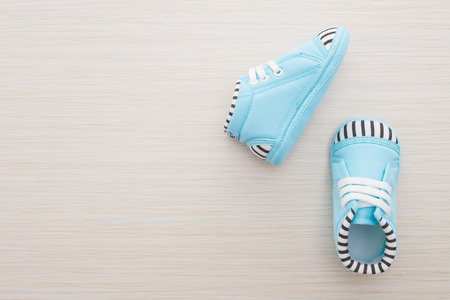 42159339_S_baby_shoes_clubfoot.jpg