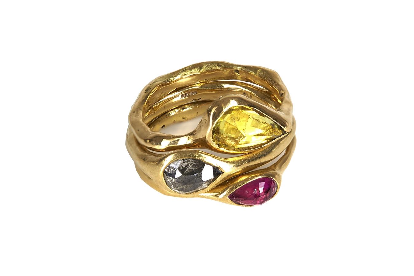 Rina Tairo gold ring with three stones
