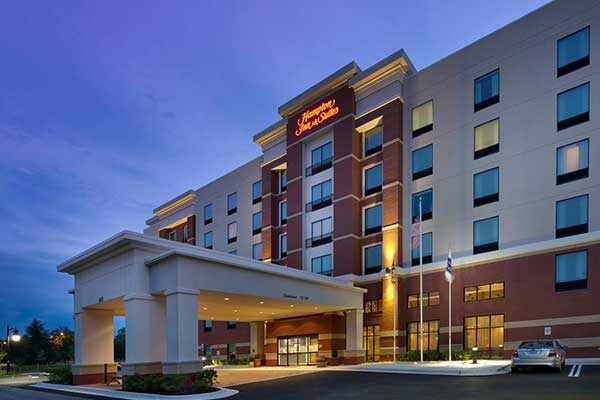 upn2019_venue_hotels_hampton_inn.jpg