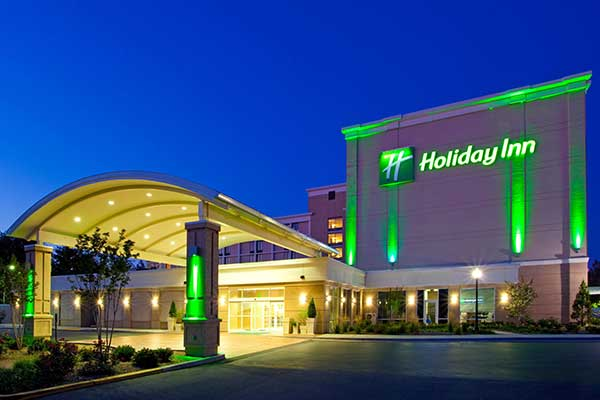 upn2019_venue_hotels_holiday_inn.jpg