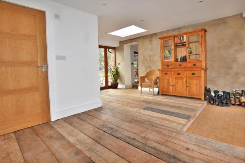 Little Barn - Interior 2.jpg