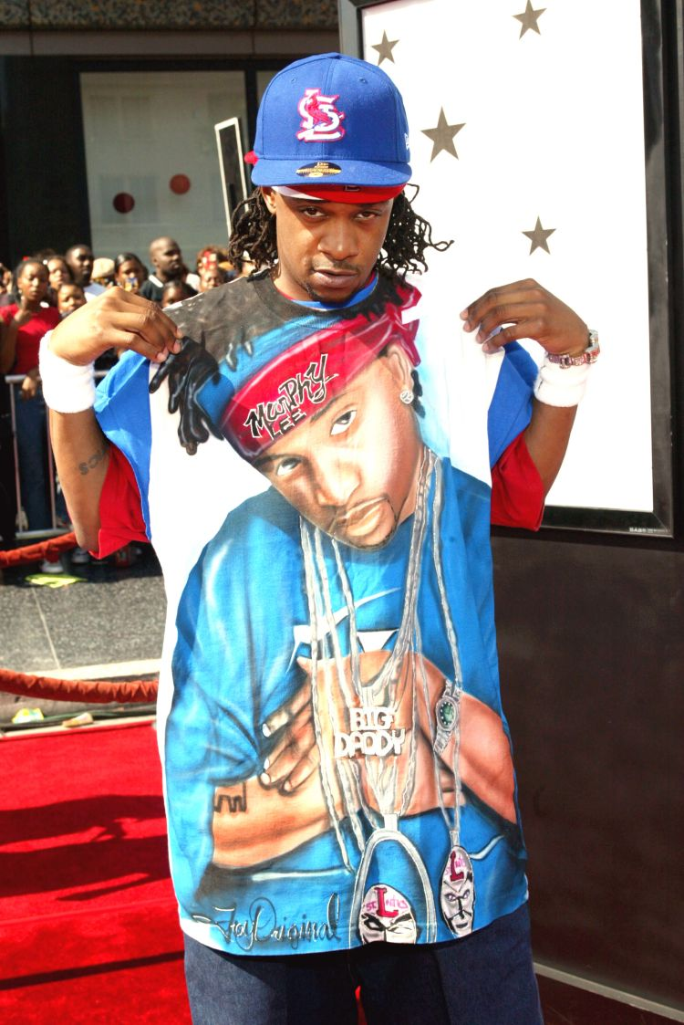 052716-shows-BETA-exclusives-who-rocked-the-dopest-streetwear-at-the-bet-awards-Murphy-Lee.jpg
