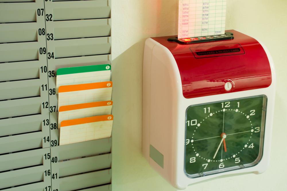 shutterstock_1090193630 punch clock.jpg