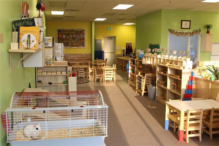 Blooming Minds Montessori Riverton Utah Preschool. 1.jpg