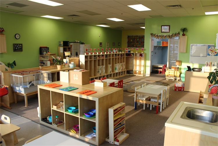 Blooming Minds Montessori Riverton Utah Preschool. 3.jpg