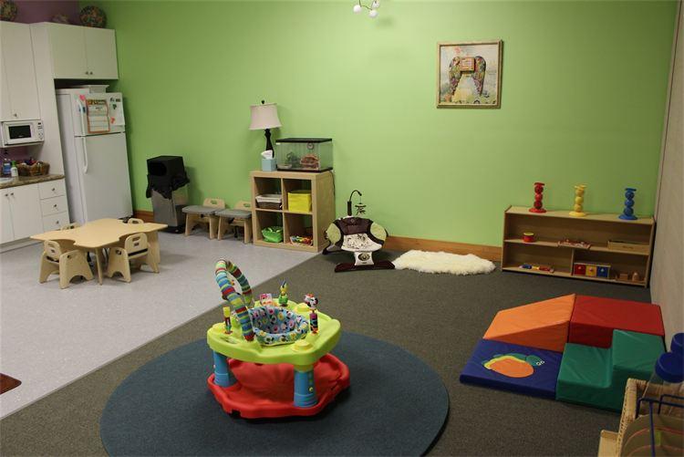 Blooming Minds Montessori Riverton Utah Preschool. 4.jpg