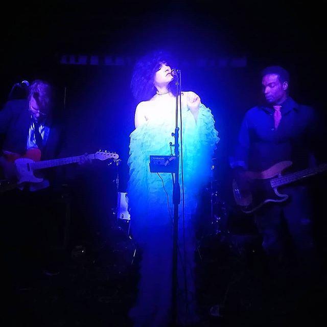 Last night was cosmic. 📷: @qlintqlint  #venus #neptune #celestial #music #womenwhorock #adrianasahar #elrio #garagerock #seafoam #telefunken #bayareamusic