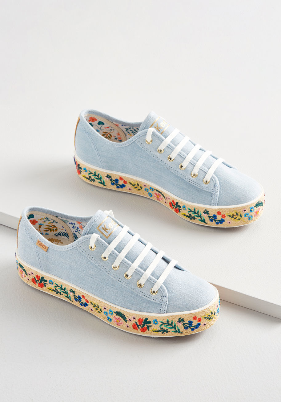 embroidered keds.jpg