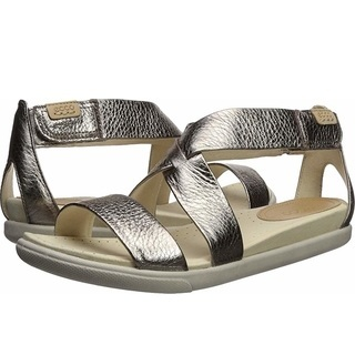 I own these, have worn them on several vacations, and vouch for their comfort!
