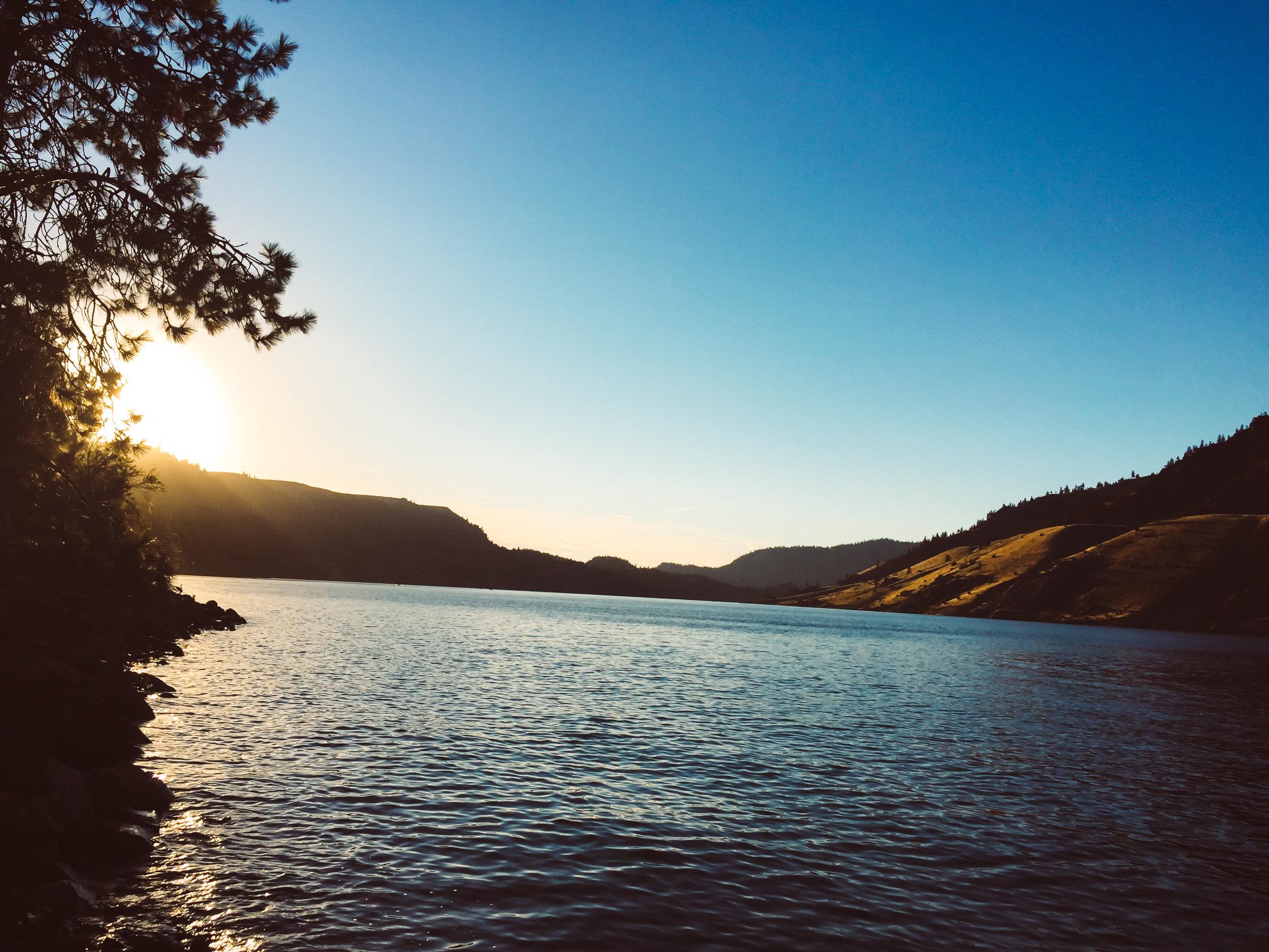 Sunset view of Lake Roosevelt