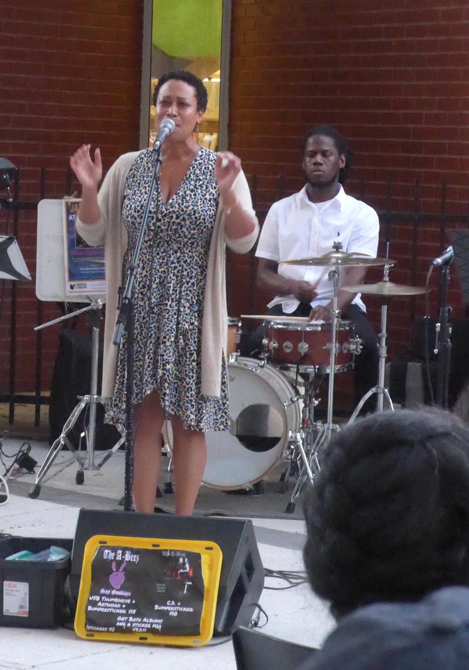 Vocalist Melissa Bolling