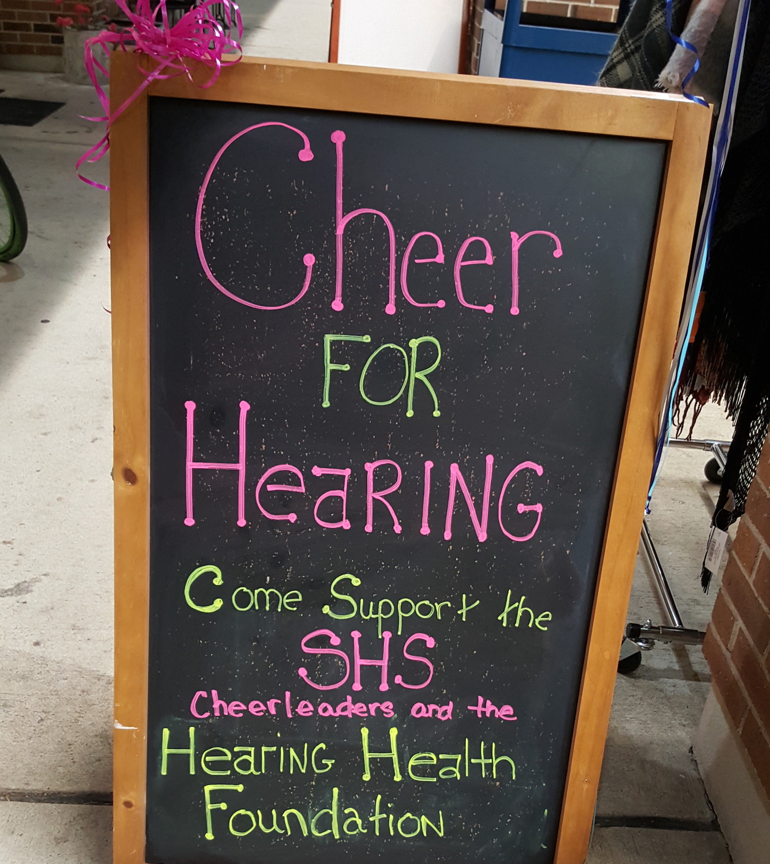 cheer for hhf sign.jpg