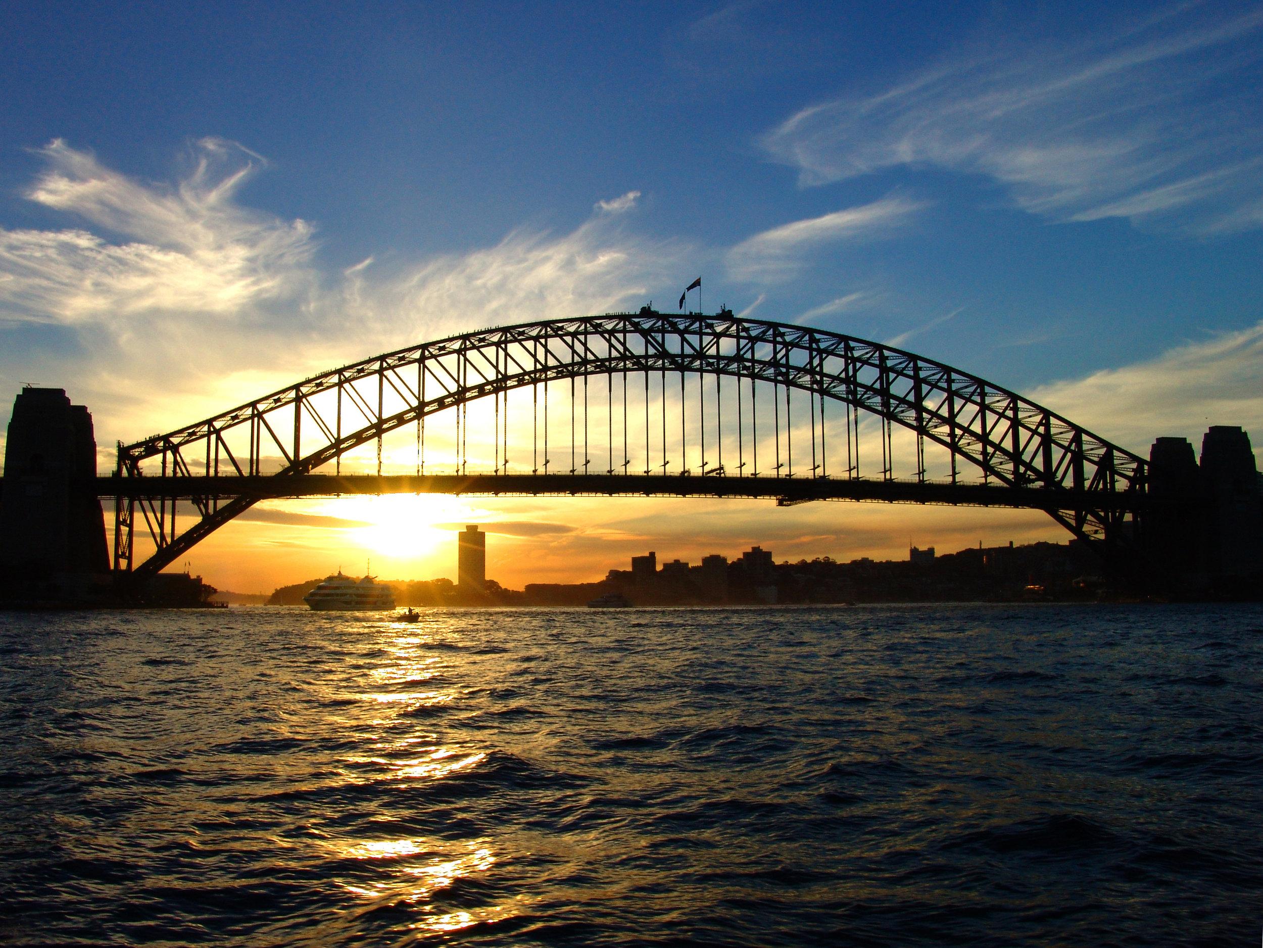 sydney-harbour-bridge-1541507.jpg