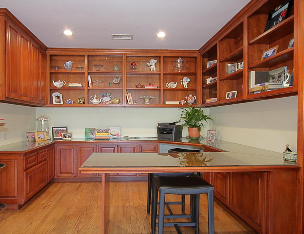 New Haven 3690 office sm.jpg