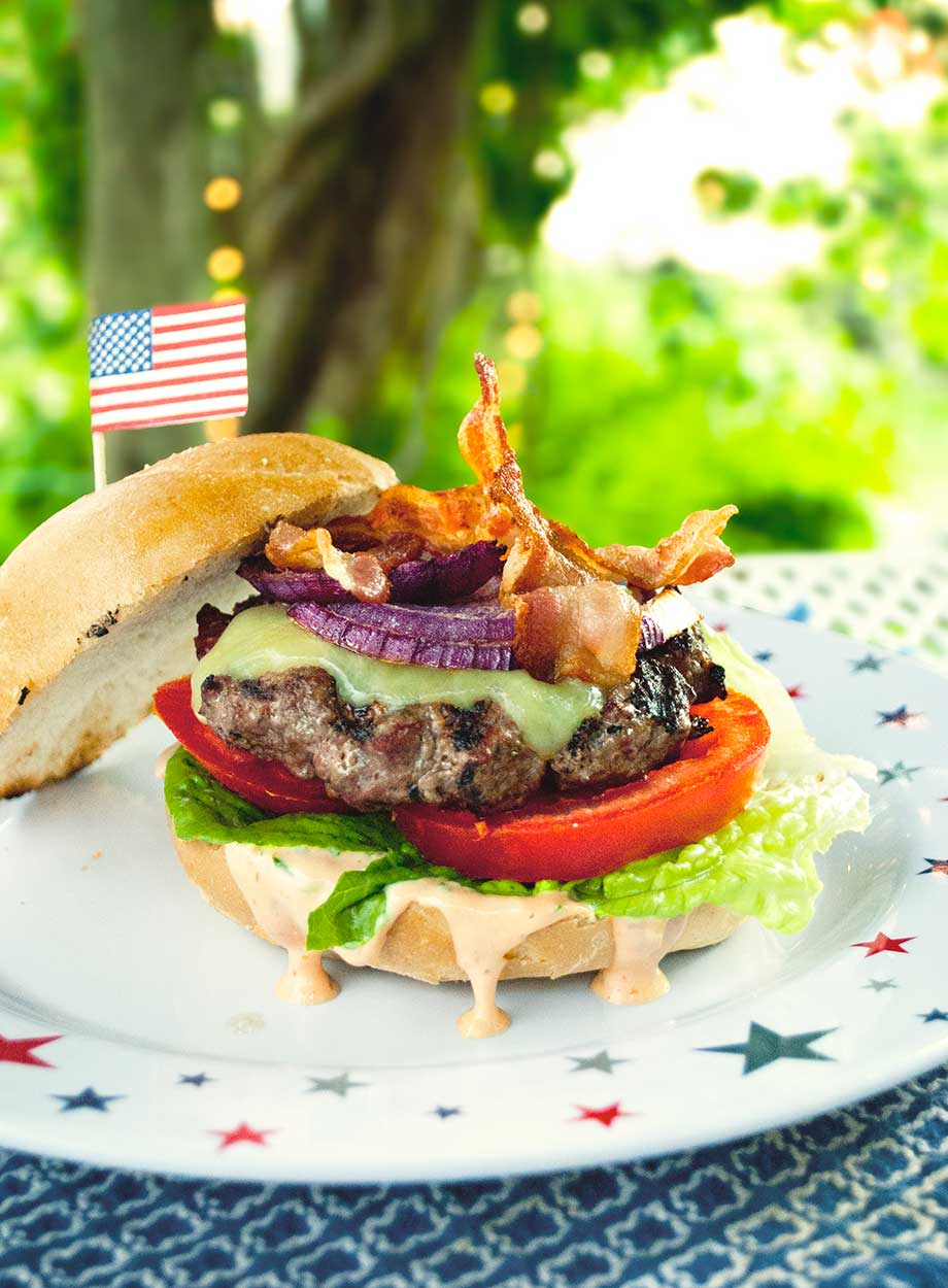 Bacon-Cheeseburger_WEB.jpg