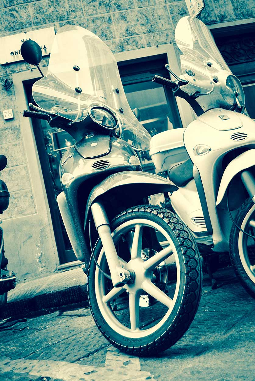 Florence-Blue-Scooters_WEB.jpg