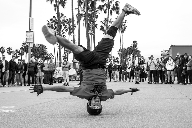 California Street Performance 1_WEB.jpg