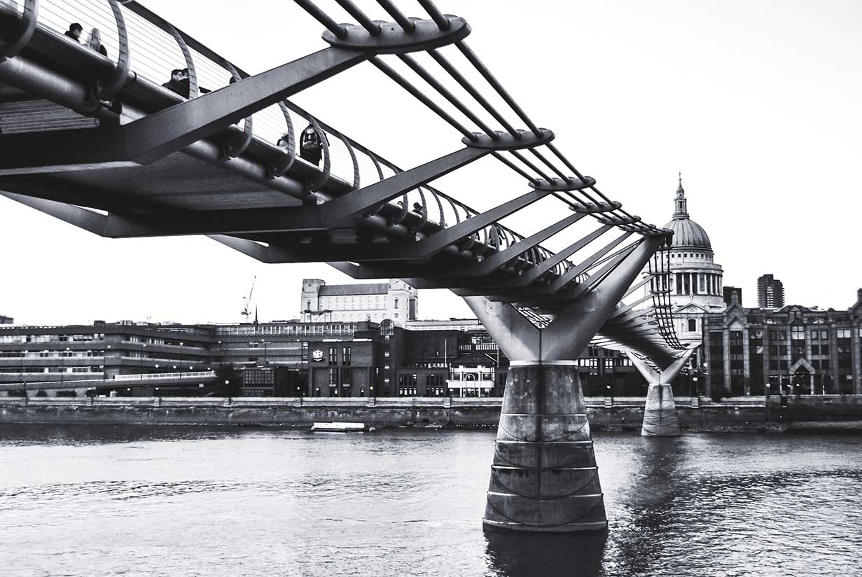 Millenium Bridge_WEB.jpg