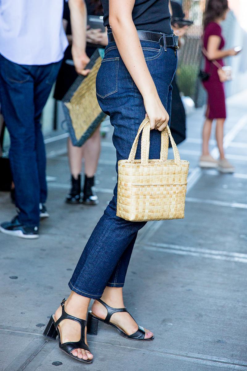 Street-Style-NYFW-Spring-Summer-2017-Rosie-Assoulin-Man-Repeller-39.jpg