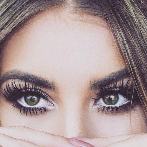 eyelashextensions-web.jpg
