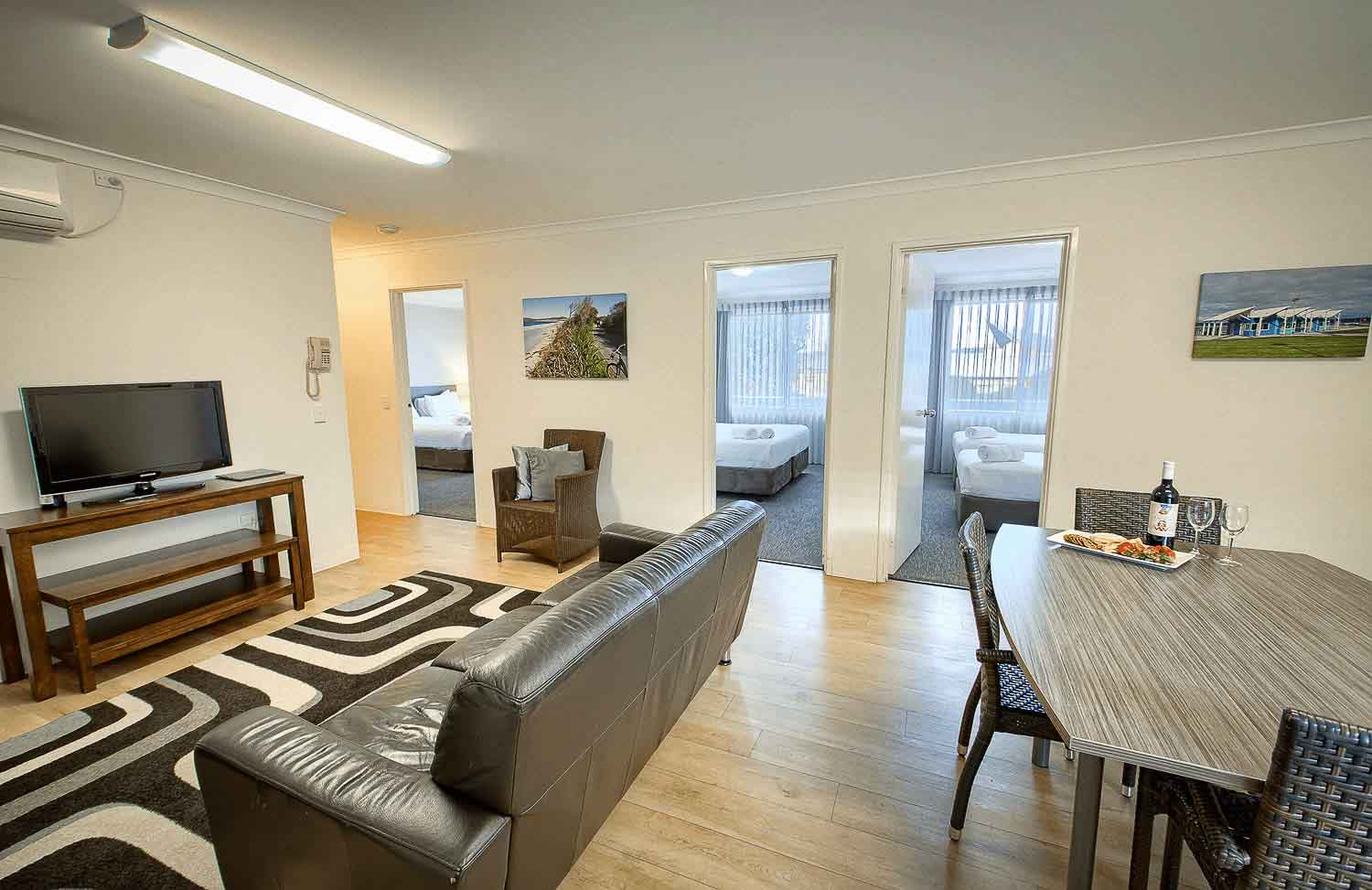 3 Bedroom Apartment - A spacious, fully self-contained 3 bedroom apartment.