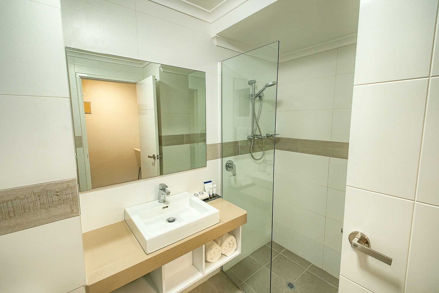 best-western-albany-apartments-hotel-motel-accommodation-classic-twin-3.jpg