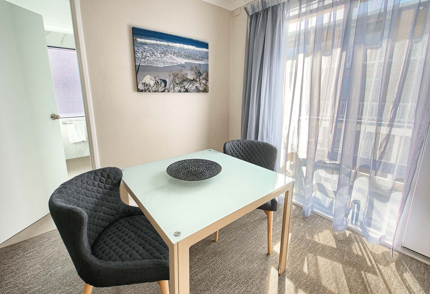 best-western-albany-apartments-hotel-motel-accommodation-king-suite-2.jpg