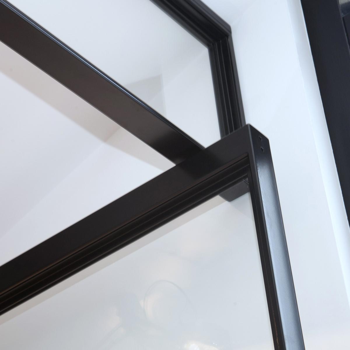 REV_Stalen-Design-Taatsdeuren-Numansdorp-4-e1437725862577.jpg