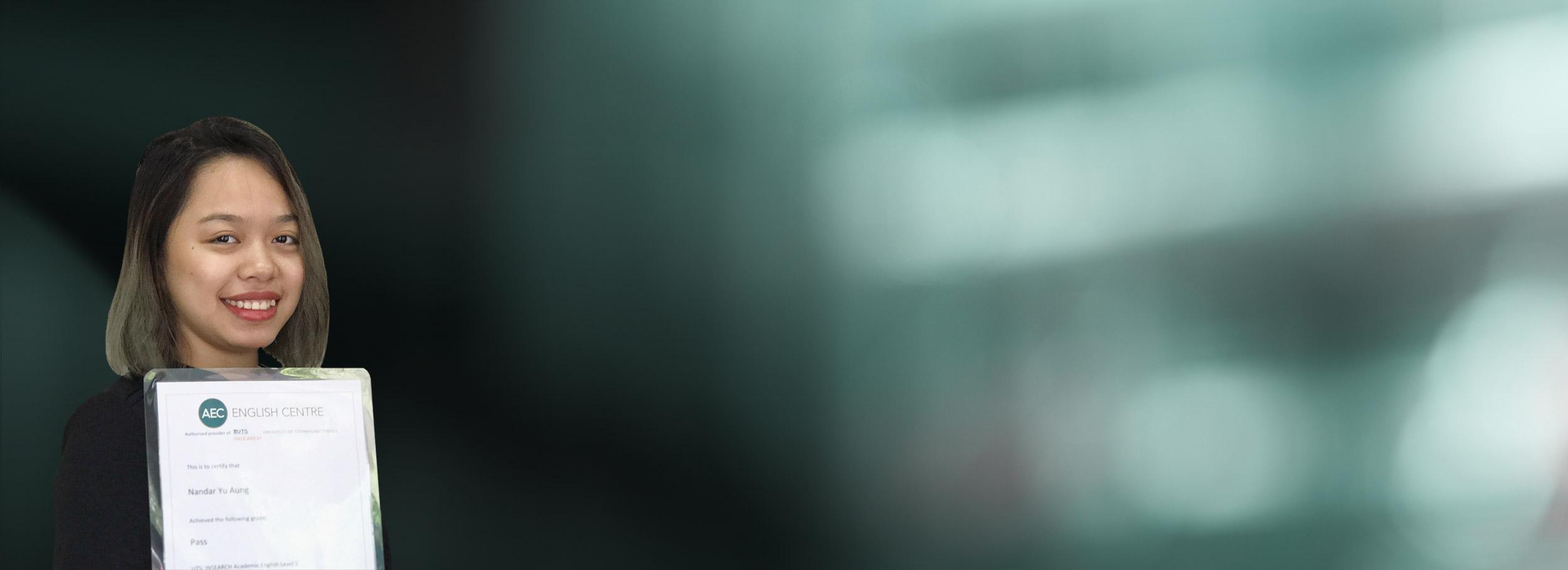 'AEC မွာ ၁၀ ပတ္သင္တန္းတက္ျပီးေနာက္ပိုင္း ကၽြန္မရဲ႕ အဂၤလိပ္စာ သိသိသာသာကုိ တုိးတက္လာခဲ့ပါတယ္'