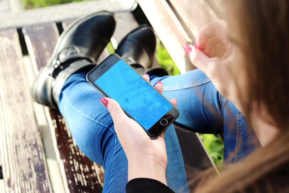 Minimizing Your Direct Cell Phone Exposure: