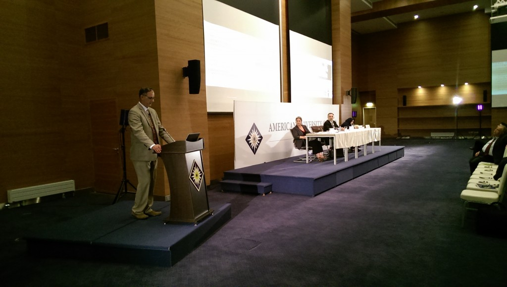 Left to right: Abdulameer al-Hamdani presenting at AUIS, with Geraldine Chatelard, Mahmood Ahmed Bakr Khayat, and Leila Salih in the Background (Peter Wien, 2016)