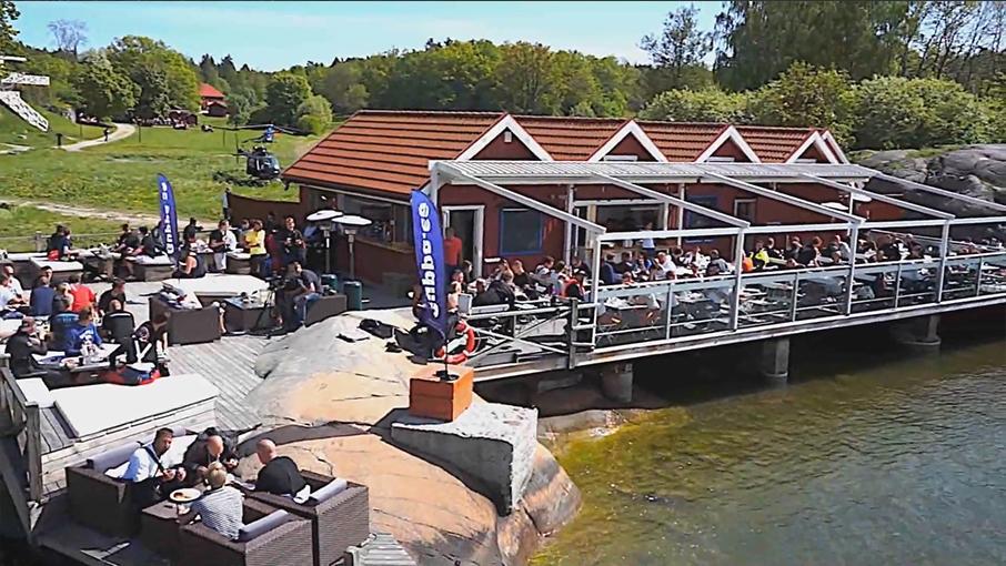 Den underbara gemenskapen  På våra event återfinner du trevliga människor från hela Sverige och även från våra grannländer Norge och Danmark, där många rest långväga ifrån för att dela glädjen över vår gemensamma passion: -vattenskoterkörning i en underbar fri skärgårdsmiljö
