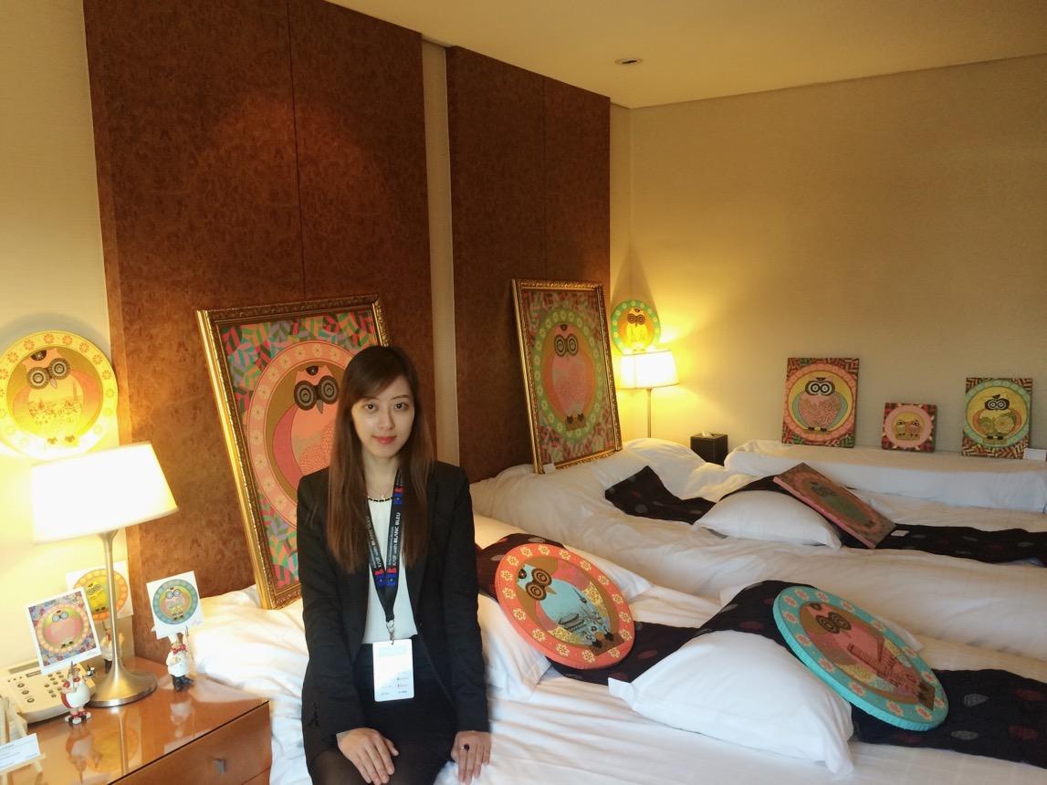 Hotel Ambassador _ Blanc Bleu Art Exhibitions