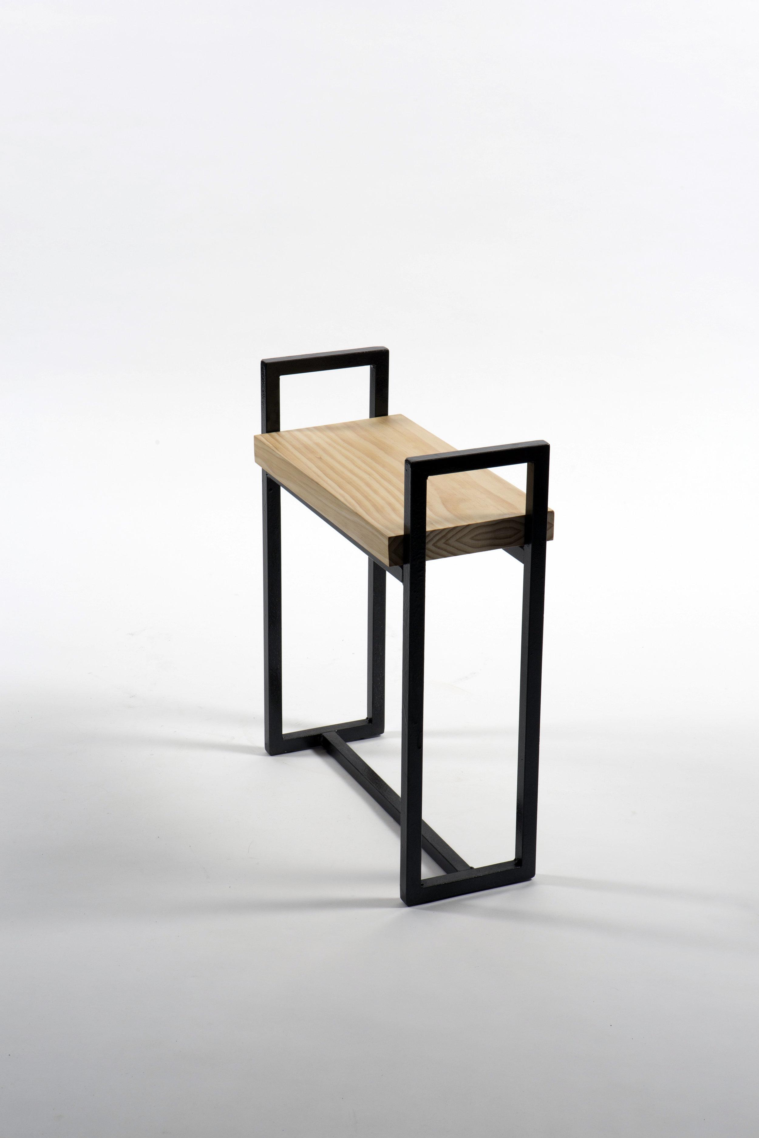 stoolpic3.jpg
