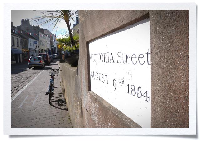 Frame-Vic-Street.jpg
