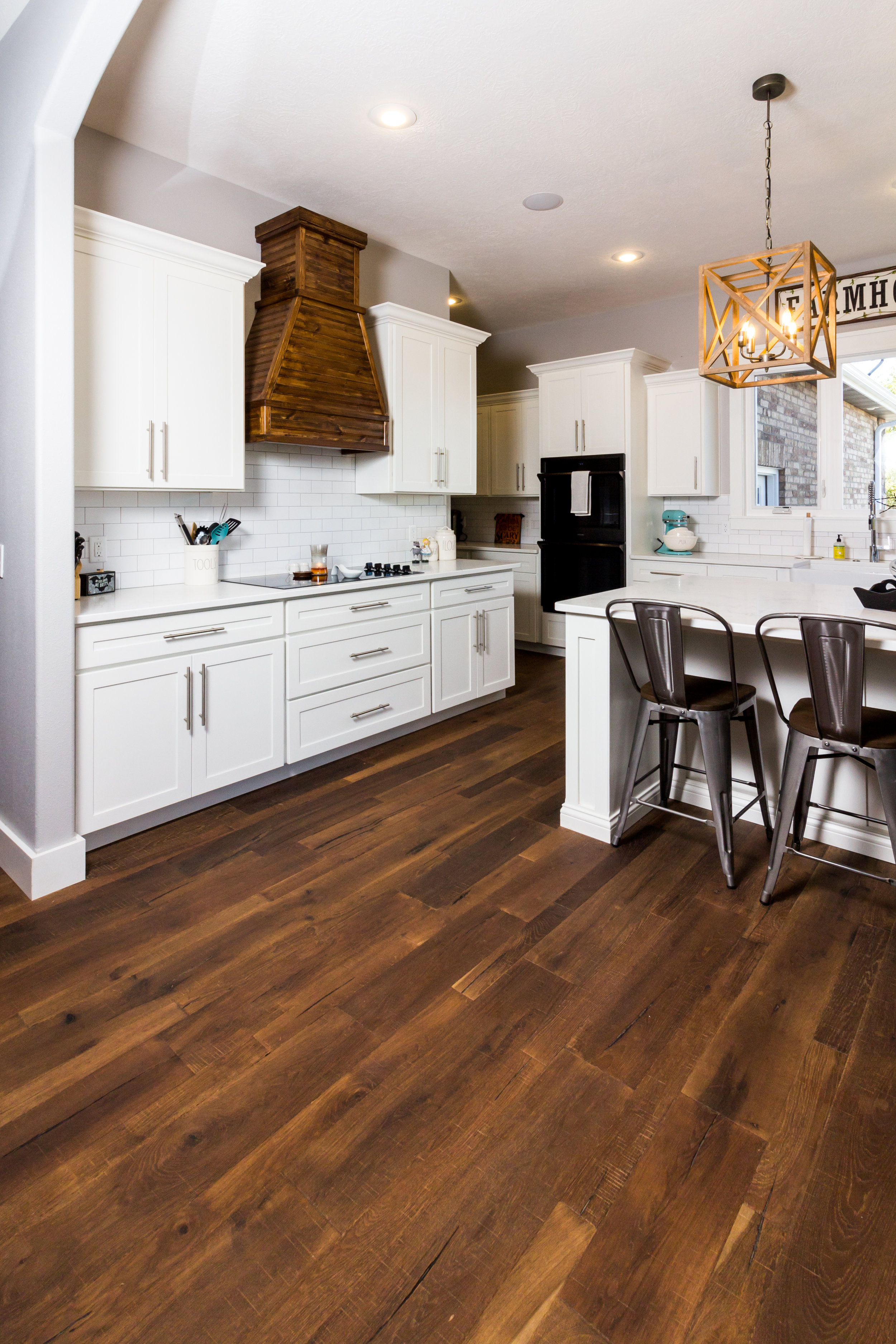Engineered Hardwood: Regal: American Backroads: Barstow