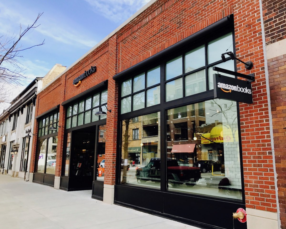 amazon bookstore chicago