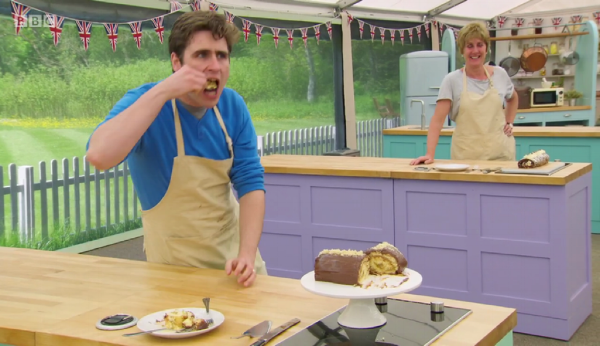Tom angrily ate his entire roulade out of shame.