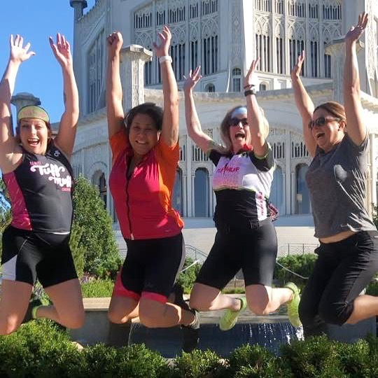 buncha dummies rode to the beautiful Baha'i temple as an excuse to go to brunch. Cheers!