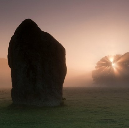 MY NEXT WORKSHOP: Avebury Dream Circle @lucid_dream_tree . . 🌞 Sun 4th August @ 7:00 pm - 9:00 pm . . Delve into the realms of conscious dreaming, lucid dreaming and dream herbs for this very special dream circle set in magical Avebury UK!  Home of one of England's most ancient neolithic stone circles, this sacred place is a wonderful setting in which to activate your dreamworlds.  The Dream Circle will be held at @hengeshop.avebury which overlooks the sacred stones of Avebury stone circle. . .  In our Dreaming Circle, we will learn about the wide range of dreams we experience and how to engage with them for consciousness exploration, creative inspiration, soul growth, problem solving and self healing. . .  Discover the wonderful and magical qualities of herbs that help to promote lucid dreaming, divinatory dreaming, more meaningful dreams and more restful sleep. . .  Partake in a ceremony honouring the Dreaming Herbs of our Dream Circle and be guided through a Hypnagogic Meditation to awaken your third eye for more connected dreaming. . .  Dream Journaling ★ Lucid Dreaming ★ Dream Plants & Herbs ★Hypnagogic Meditation ★ Precognitive Dreams ★ After Death Visitation Dreams ★ Compensatory Dreams ★ Mutual Dreams ★OBE's and The Astral Plane ★ Sleep Paralysis ★ Dream Symbols ★ Dream Interpretation ★ Dream Bridging ★ Nightmares and Shadow Work ★ . .  Location:  @hengeshop.avebury The Henge Shop, High Street, Avebury. . .  Tickets:  link in my bio . . #Avebury #luciddreaming #aveburydreamcircle #hengeshopavebury #luciddreamtree #treecarr #consciousdreaming #dreamherbs #dreamplants #luciddreamingworkshop #luciddreamingteacher #dreamsbook