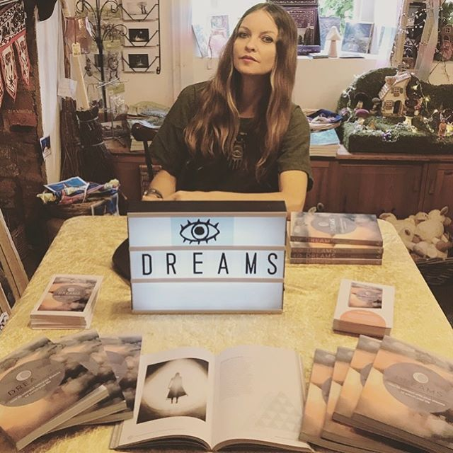 Book signing today for DREAMS @asterbooks @octopus_books_ at @hengeshop.avebury in the magickal stone circle of Avebury. . . 🌙🛸🌙🛸🌙🛸🌙🛸🌙 . . #dreamsbook #treecarr #luciddreamtree #asterbooks #aveburystones #thehengeshop #luciddreaming #consciousdreaming