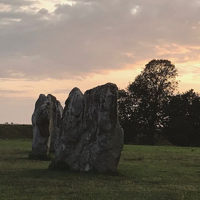 Thank you to all the wonderful wonderful dreamers who attended the Avebury Dreaming Circle with me at @hengeshop.avebury . I hope that it activated you more deeply into your dream worlds! . . #aveburystones #luciddreaming #aveburydreams #consciousdreaming