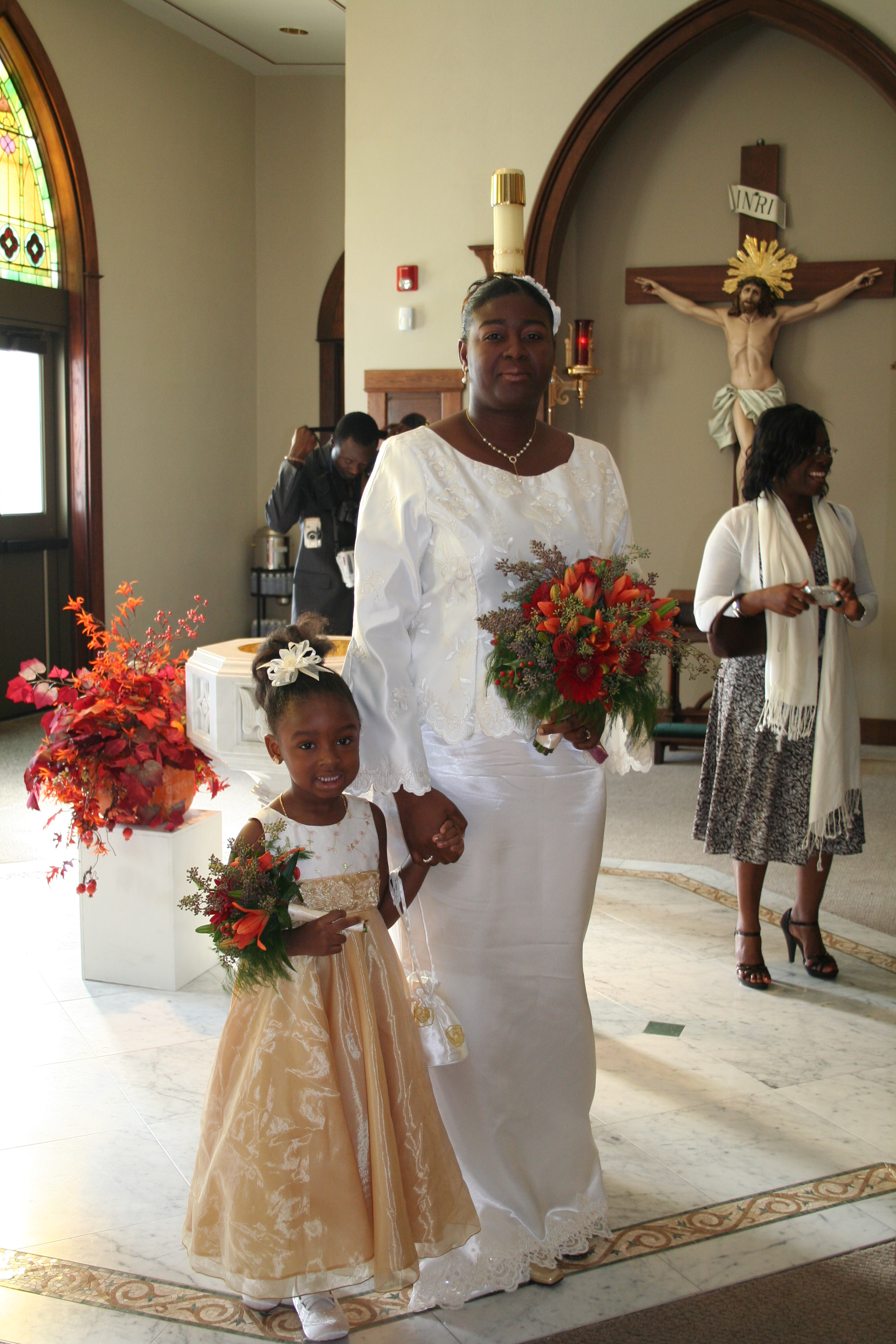 Bride and her daughter on her wedding day