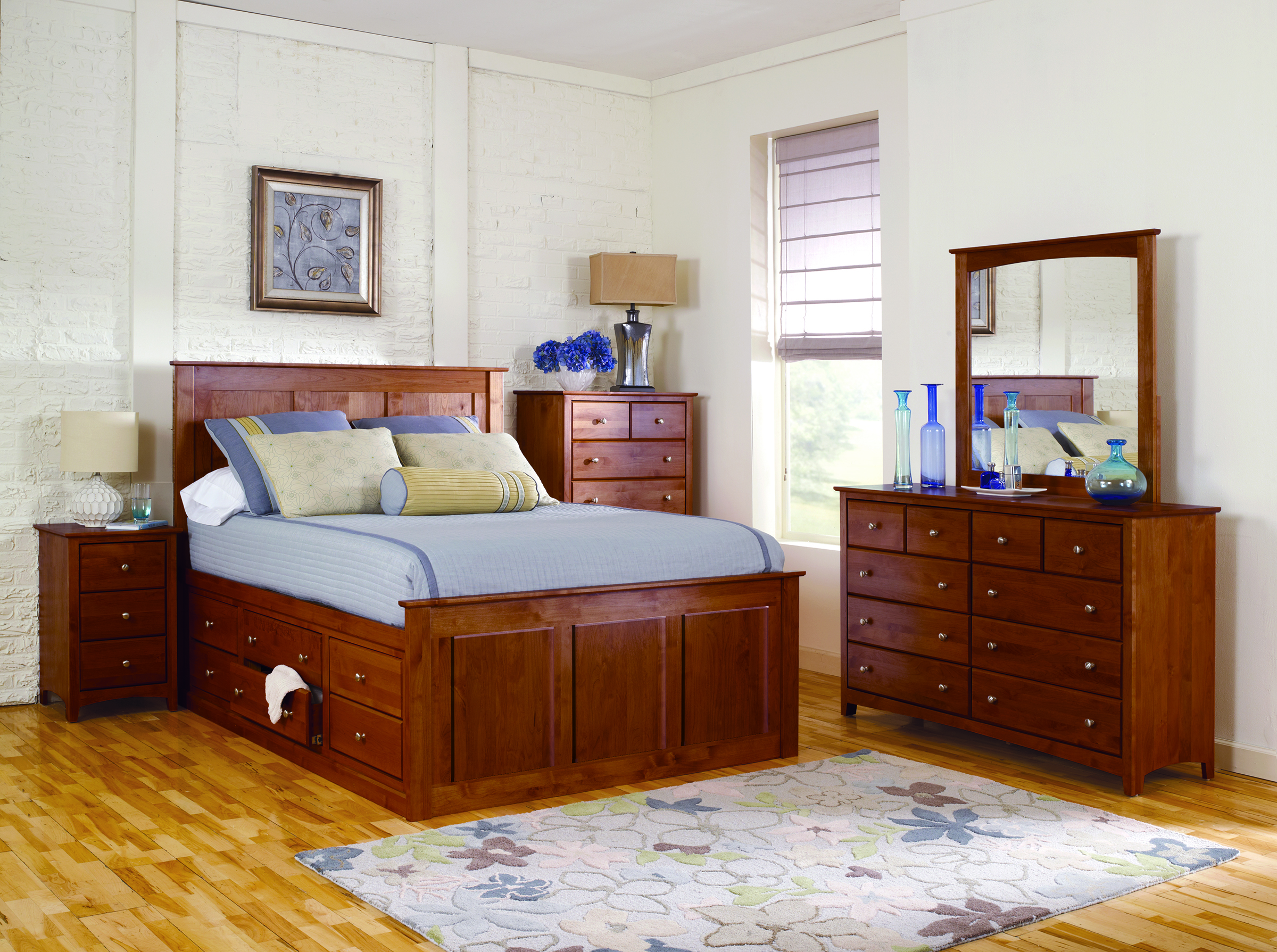 Chest Bed Antique Cherry.jpg