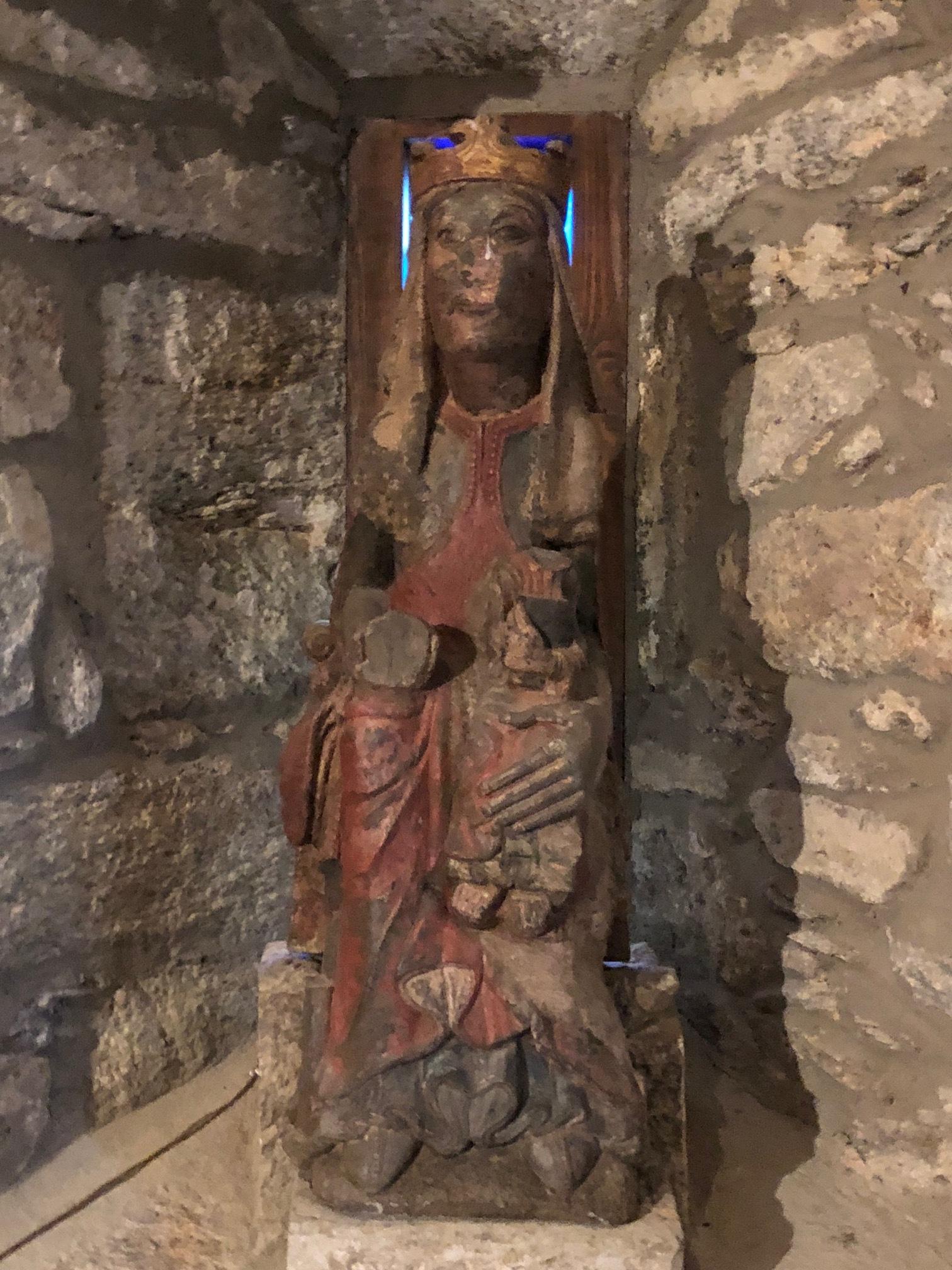 "The ""hidden Madonna and Child"" 13C Romanesque"